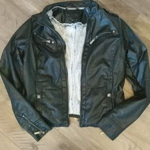NWOT Gorgeous Faux leather jacket